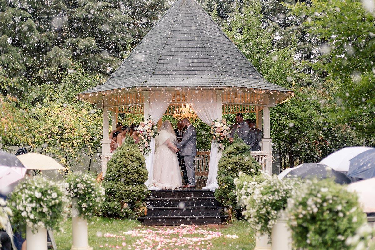 snowy summer wedding